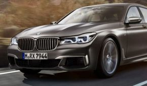 M760Li new car review