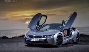 WORLD PREMIERE: BMW i8 LCI Facelift